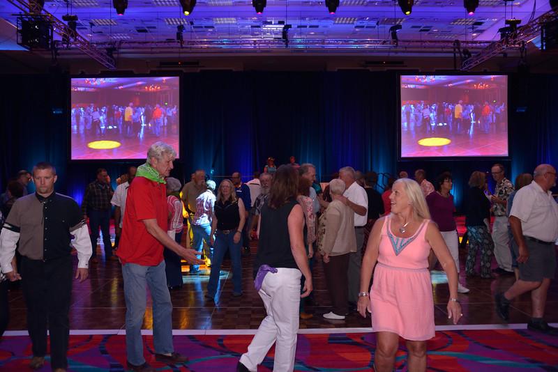 Banquet Dancing 200400