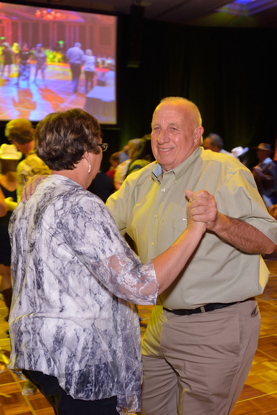 Banquet Dancing 194855