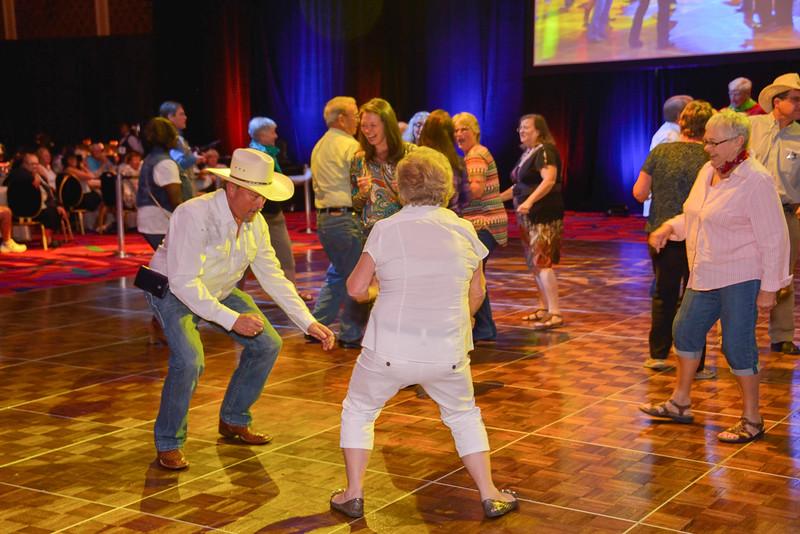 Banquet Dancing 194050