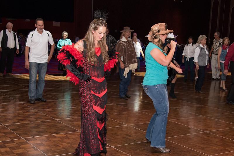 Banquet Dancing 203108