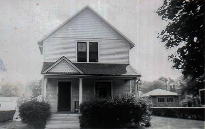 932 Hazard Avenue in Kalamazoo, around 1949