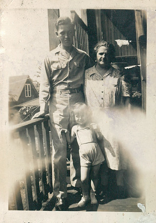 Dad, Grandma Carlander and Dell Marie