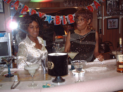 2006-2-4 Gwen's Birthday Party 00003