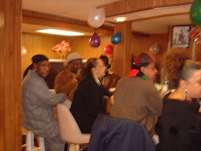 2006-2-4 Gwen's Birthday Party 00016