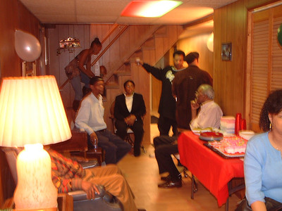 2006-2-4 Gwen's Birthday Party 00018