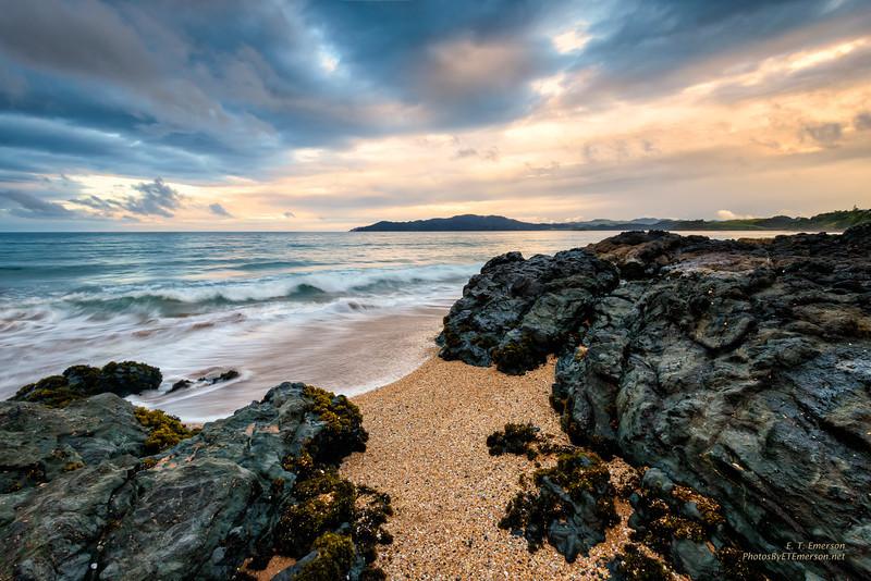 Cable Bay Beach (NZ) Sunrise
