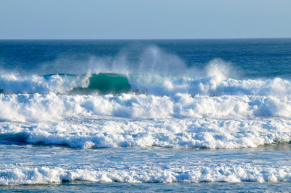 Waves of Southern New Zealand
