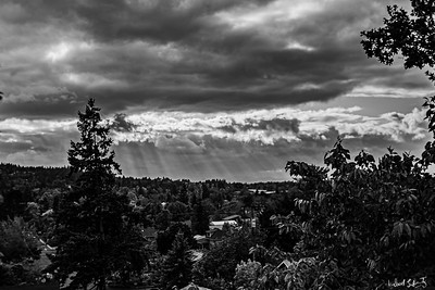 sunset on a cloudy day (1 of 1)-2bw