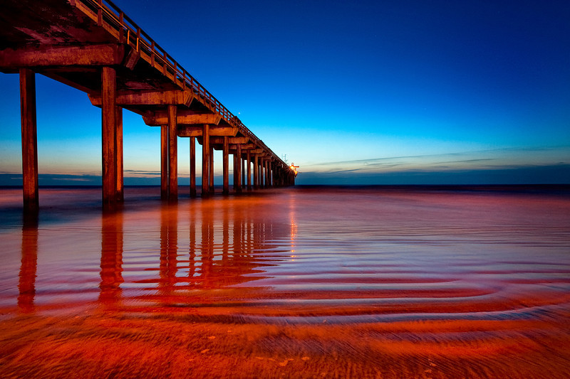 Orange-Pier