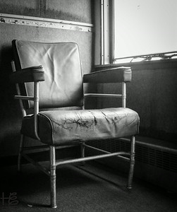 07-12-14 Imagine this stories held within the sanctity of this salon chair on an historic train.