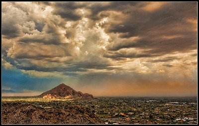 Dust storm entering the Valley of the Sun