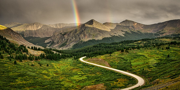 Cottonwood Pass rainbow 1