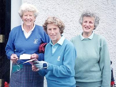 Jean Walker  with sister Alison Dalziel and Marigold Speirs