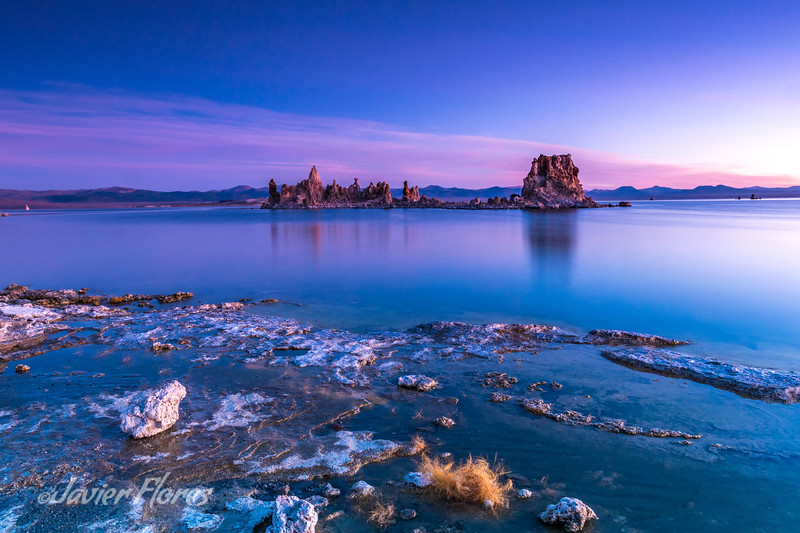 Blue sunrise at Molo Lake