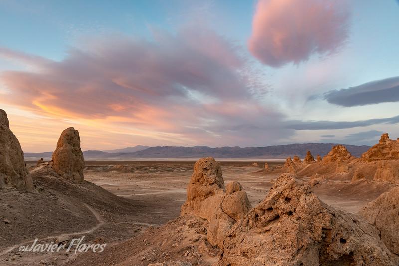 Sunset at Trona Pinnacles