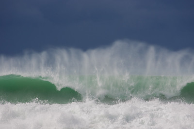 North Shore Storm Wave