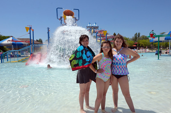 three girls at aberdeen aquatic center