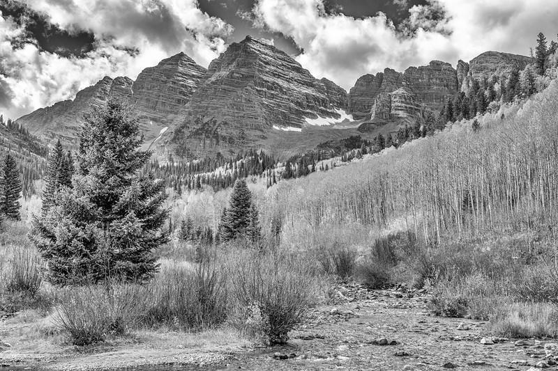 Maroon Creek Monochrome