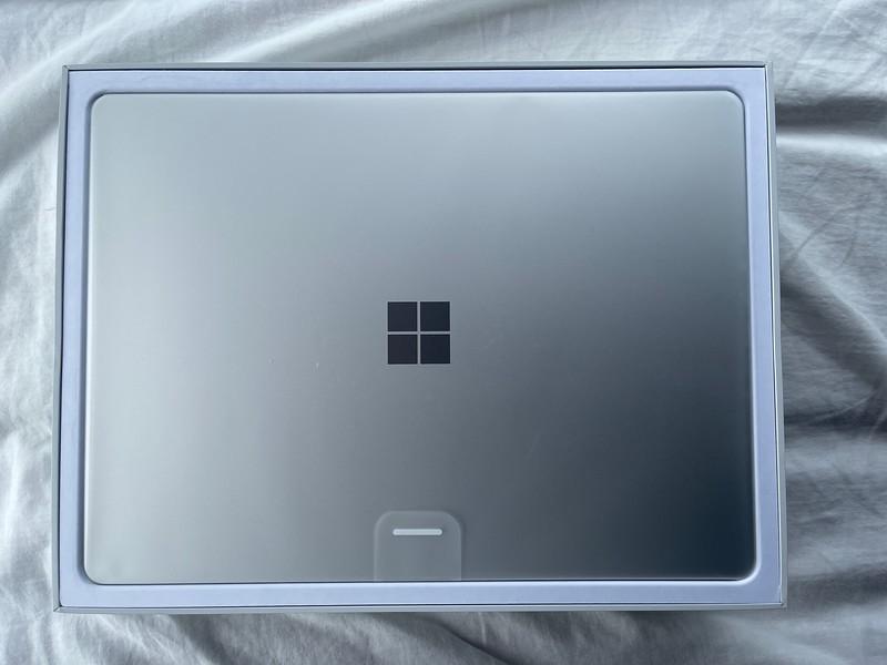 Microsoft Surface Laptop Go Platinum