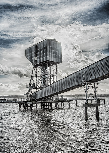 Disused Pier, River Thames