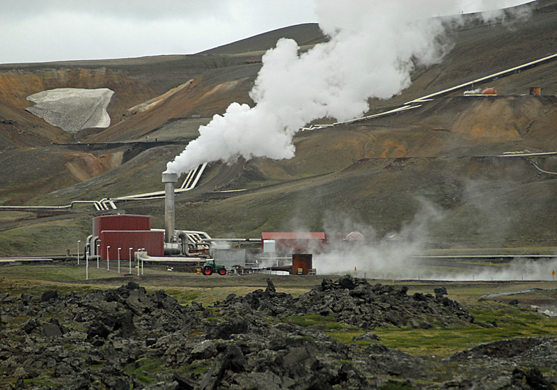 Geothermal Power Plant, NE (pipe hot water to heat homes)