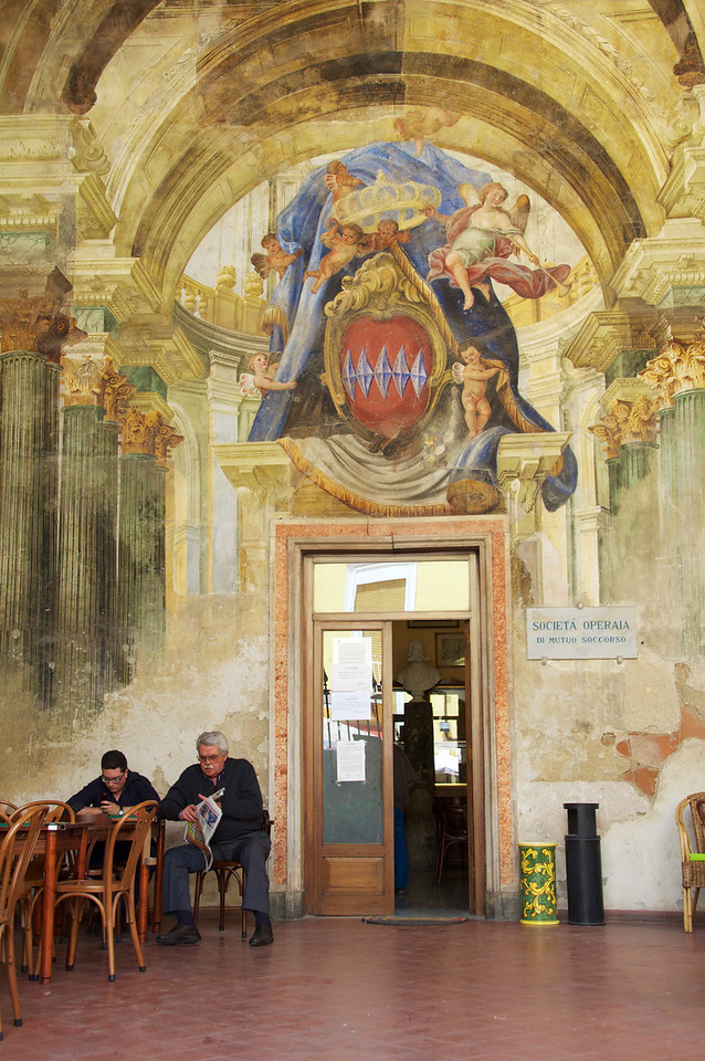 Amalfi Doorway