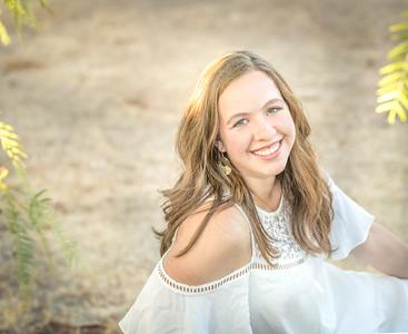 Alexis Senior Photo-144-Edit