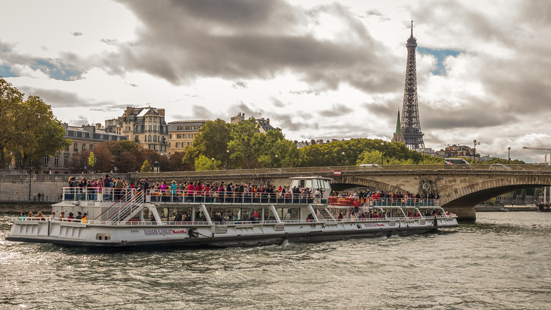 River Cruise in River Seine