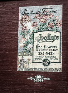 Holly's Fine Flowers Port Townsend