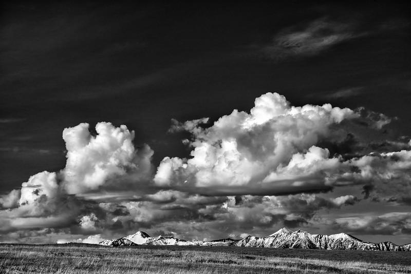 Ben Nye and Lakit Peaks