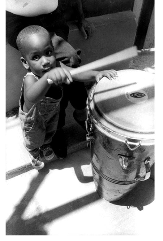 ninno y tambor1