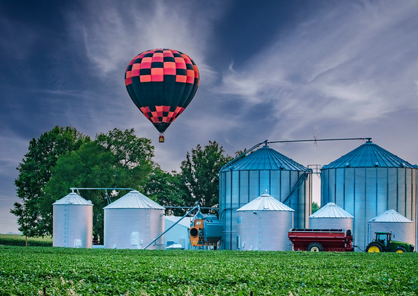 Balloon over Farm