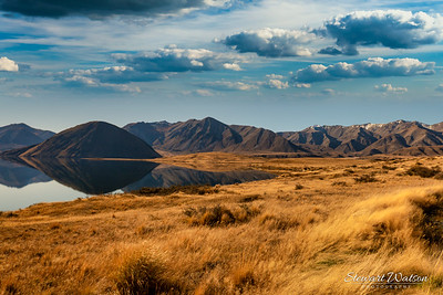 The beautiful countryside surrounding Lake Heron