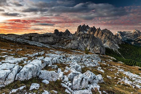 Sonnenaufgang in den Dolomiten