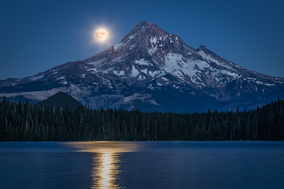 Buck Moon over Lost Lake
