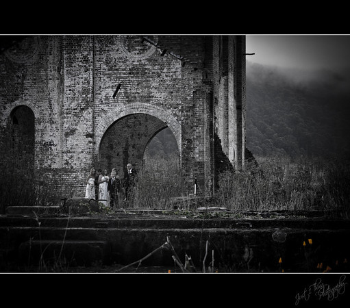 Love Amongst the Ruins