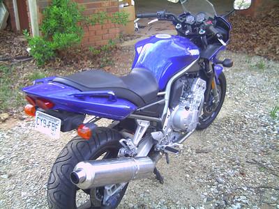 2002 Yamaha FZ1 (Sarah)