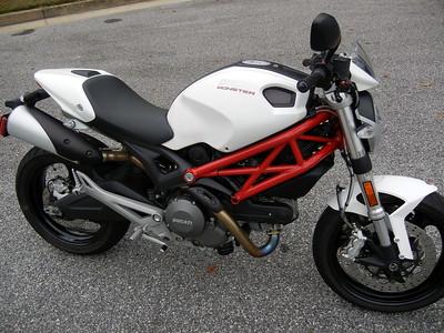 2012 Ducati Monster 696 ABS (White)