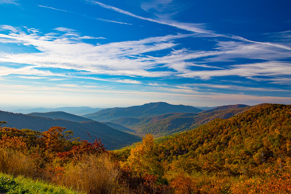 Shenandoah National Park Pinnacles Overlook Fall Color and Cloud Formations - L8