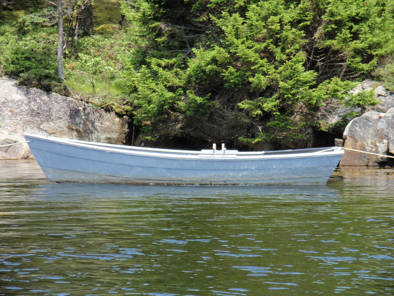 Snug harbor Skiff
