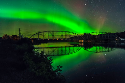 Aurora Over Cobban Bridge_090915_5929