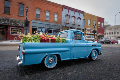 Christmas Shopping in the '58 Chevrolet Fleetside