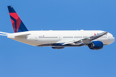 -(Airline) Delta Air Lines -(Aircraft) Boeing 777-200ER -(Aircraft Registration) N867DA