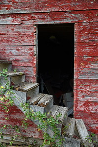 Pawpaw's Big Red Barn - Albritton Home - near Amy, Arkansas