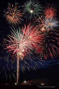 Independence Day wouldn't be complete without fireworks.  This year the Teton Valley fireworks display was held at the Spud Drive-In.