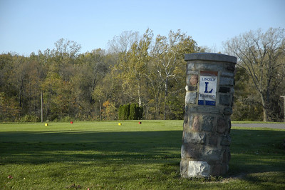 Lincoln Highway marker on east side of Bucyrus at the golf course