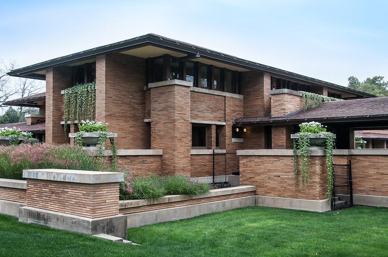 Frank Lloyd Wright Buffalo SM JON7907