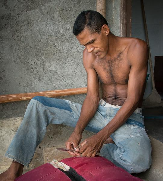 Cuban stitching to make a car seat