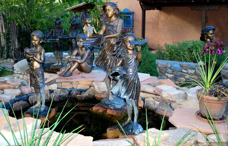 Children in Bronze<br /> Albuquerque, New Mexico