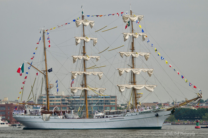 Cuauhtemoc Leaving Baltimore<br /> Star Spangled Sailabration Fort  McHenry National Monument